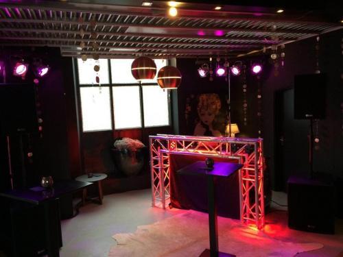 Discoshow Compact Bruiloft DJ